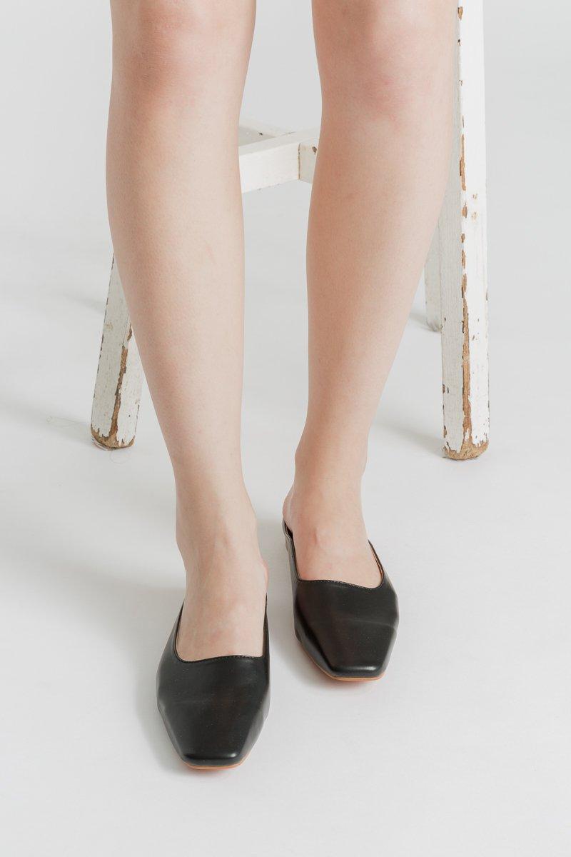 Square Toe Mules (Black)   WARDROBEMESS